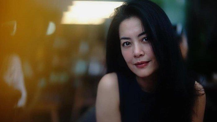 Sosok Lulu Tobing, Dulu Mualaf Demi Nikahi Cucu Presiden Soeharto, Kini Gugat Cerai Suami Kedua