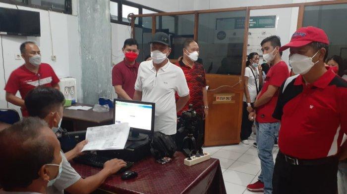 Gelar Sidak, Franky Donny Wongkar Semprot Petugas Discapilduk Minsel