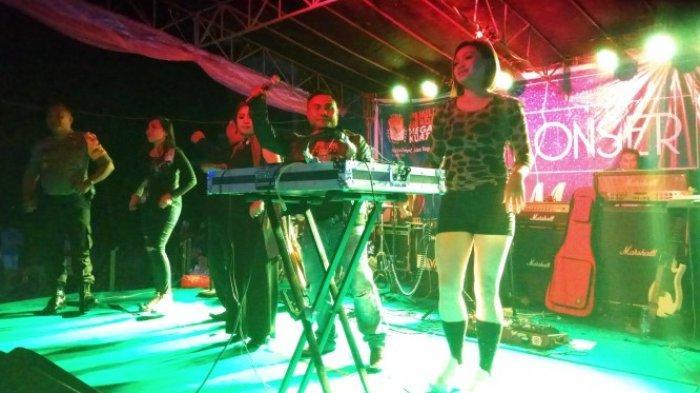 Konser Musik KPU Sitaro Meriah, Pimpinan Bawaslu dan Komisi Pemilihan Umum Ikut Goyang Bersama