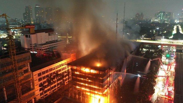 Gedung Terbakar, 3 Perkara Besar di Kejaksaan Agung Menjadi Sorotan Saat Ini