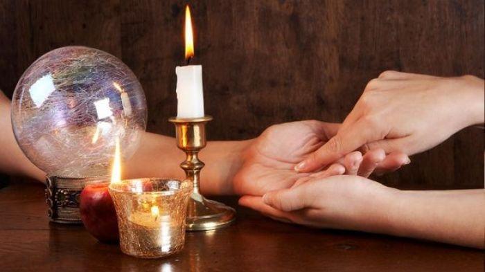 Coba Lihat Telapak Tangan, Berhenti di Mana Garis Tangan Kamu? Jawabannya Ungkap Masa Depan Cintamu