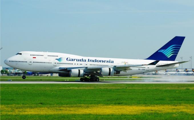 2 Mantan Petinggi Garuda Lakukan Aksi Ilegal di Pesawat, Ada yang Menipu dan Diduga Lakukan Korupsi