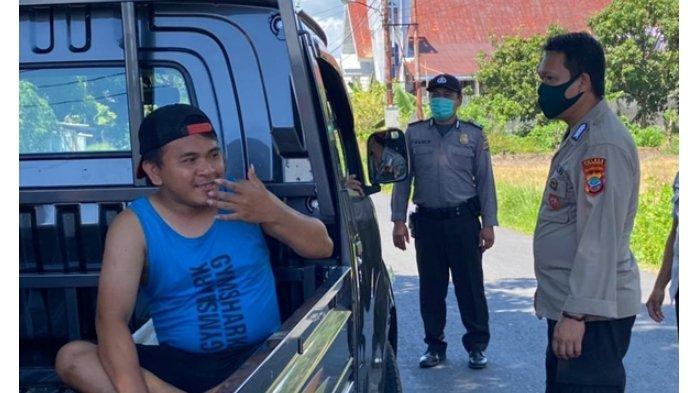 Polsek Tombariri Jaring 16 Pengendara Tak Pakai Masker di Jalan Trans Sulawesi