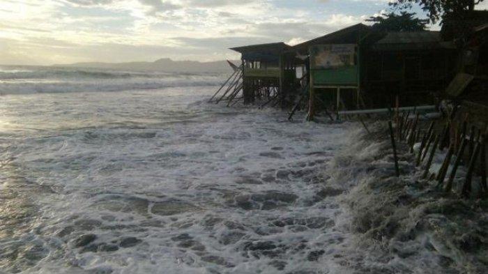 Waspada Supermoon! Pasang Tertinggi Air Laut Terjadi di Manado-Amurang