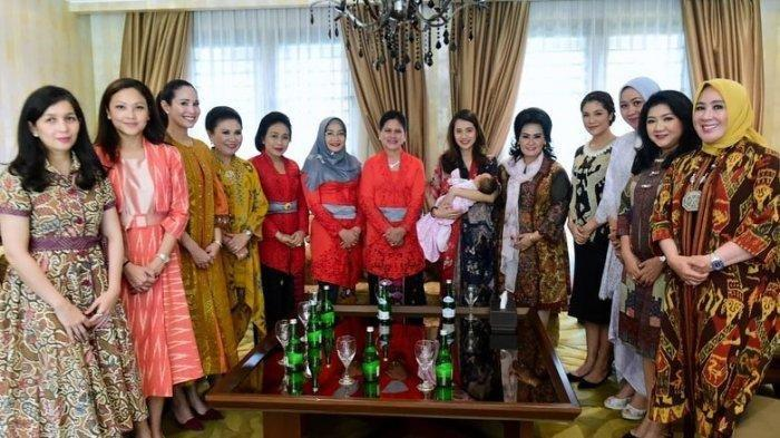 Potret Ibu-ibu Elite Negara Kunjungi Istri Menteri Pariwisata, Gista Putri Bersama si Kecil Salima