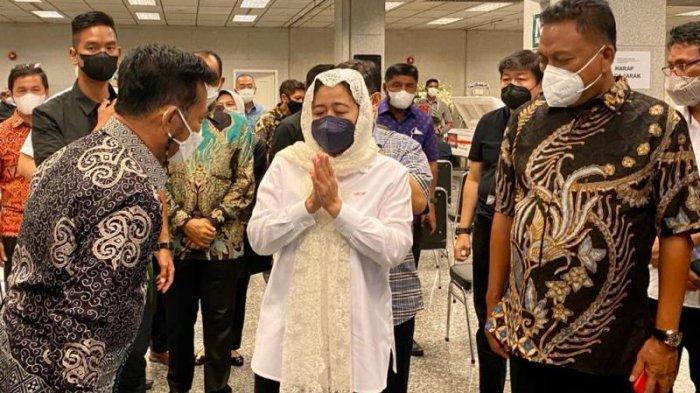Istri Menkumham Meninggal, Gubernur Sulut Olly Dondokambey dan Puan Maharani Melayat ke Rumah Duka