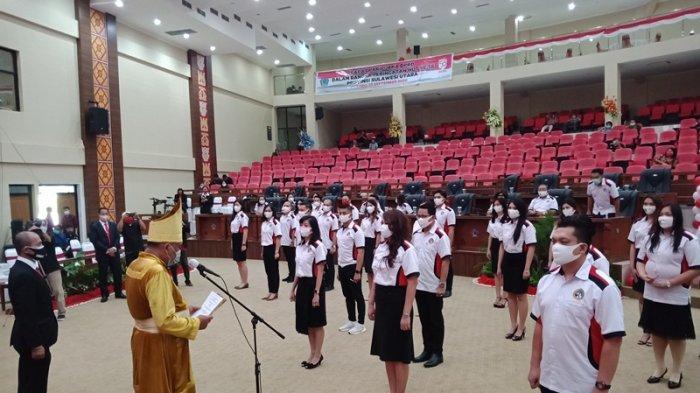 Gubernur Olly Dondokambey Lantik dr Kartika Devi Tanos Ketua Umum INNS 2020-2023