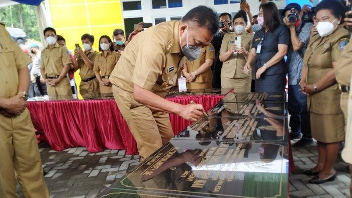 Gubernur Olly Dondokambey Resmikan Proyek DAK Pendidikan Rp 17 Miliar di Sangihe