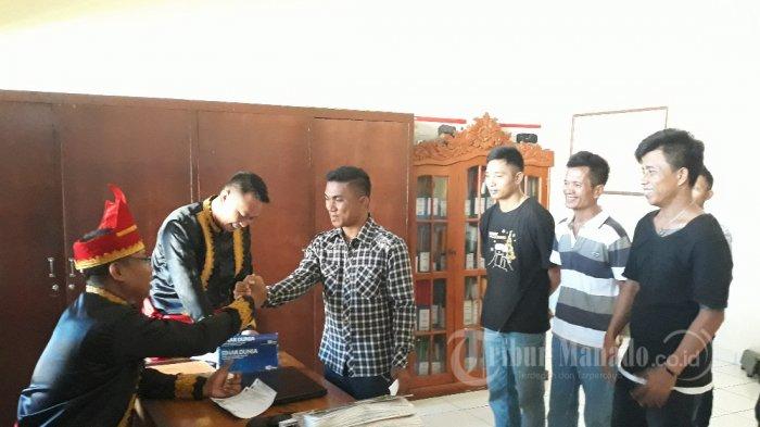 Gubernur Sulut Beri Uang Jalan Pada Napi yang Bebas di Lapas Manado