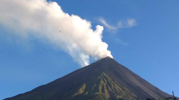 Status Gunung Karangetang di Sitaro Waspada, Ini Rekomendasi PVMBG