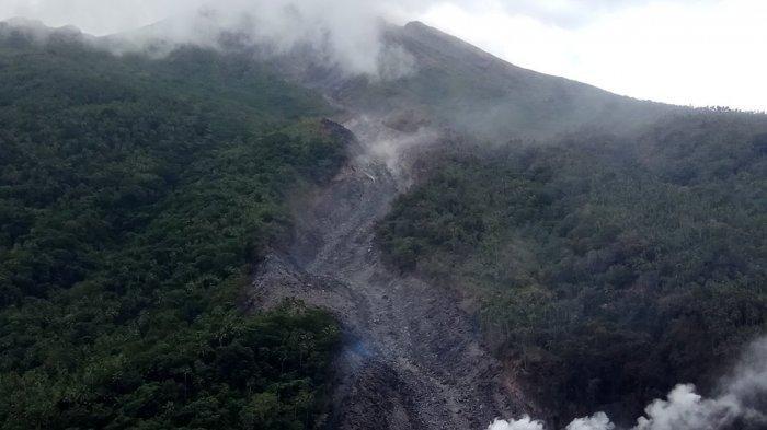 Guguran Lava Karangetang Terus Mengalir, Warga di Sekitar Sungai yang Berhulu di Karengetang Siaga