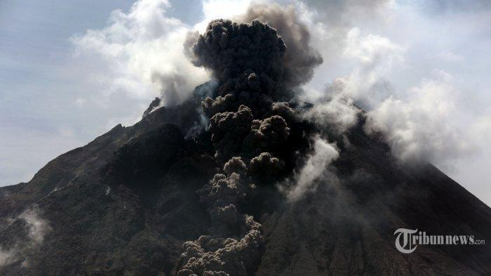 INFO Terkini Gunung Sinabung, Dilaporkan Terjadi Erupsi Sebanyak 2 Kali Disertai Guguran Awan Panas