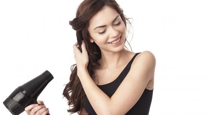 Tips Memilih Hair Dryer yang Cocok Berdasarkan Jenis Rambut, Yuk Cari Tahu!
