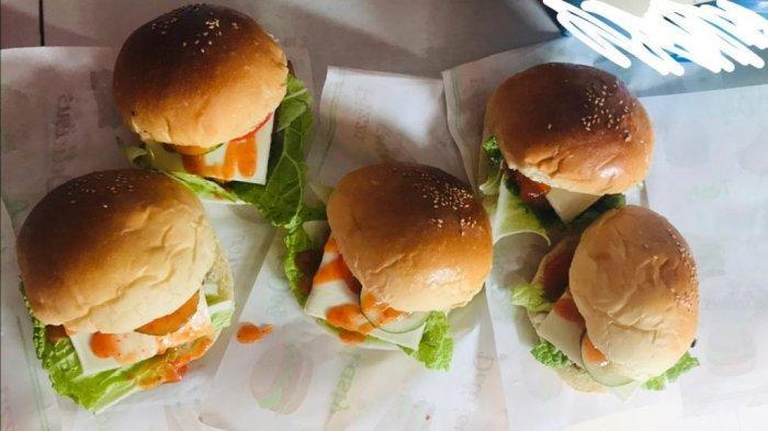 Pilih Bisnis Kuliner, Gita Damopolii Warga Kotamobagu Raup Untung Hingga Rp 200 Ribu Perhari