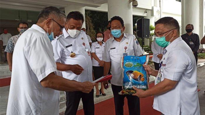 Disperindang Sulut Gelar Pasar Murah, Jual Paket Beras, Gula, & Minyak