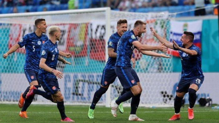 HASIL EURO 2020 Polandia vs Slovakia, Diwarnai Gol Bunuh Diri Kiper Juventus