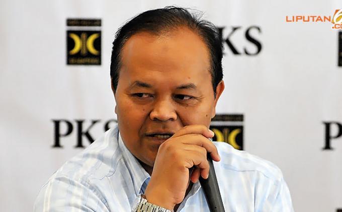 Rustam Menilai Pernyataan Nur Wahid Soal Pemberian Grasi Kepada Jokowi Mengada-ada