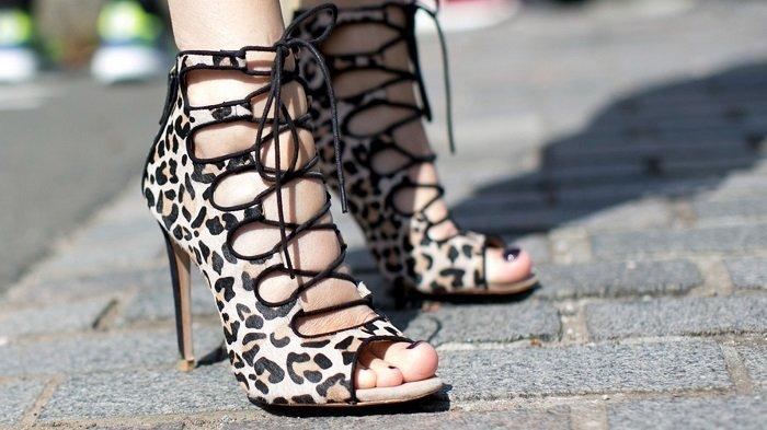 Pakai High Heels Terlalu Sering akan Memengaruhi Kesehatan