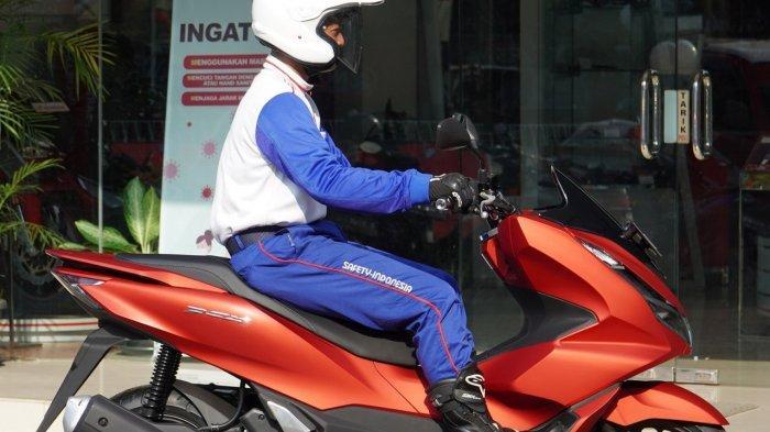 Honda DAW Sosialisasi #Cari_Aman, ini Tips Postur Berkendara yang Nyaman - honda-mengkampanyekan-cari_aman-dalam-rangka-keselamatan-berkendara67.jpg