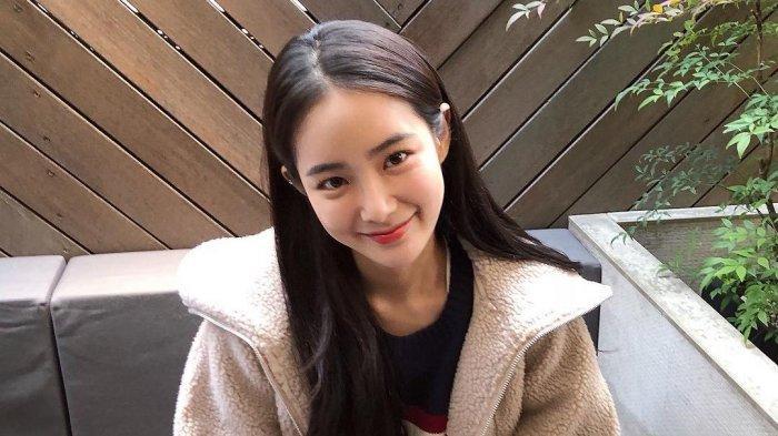 Ternyata Ini Sosok Hong Soo Joo yang Jadi Pasangan Chanyeol EXO di MV SSFW