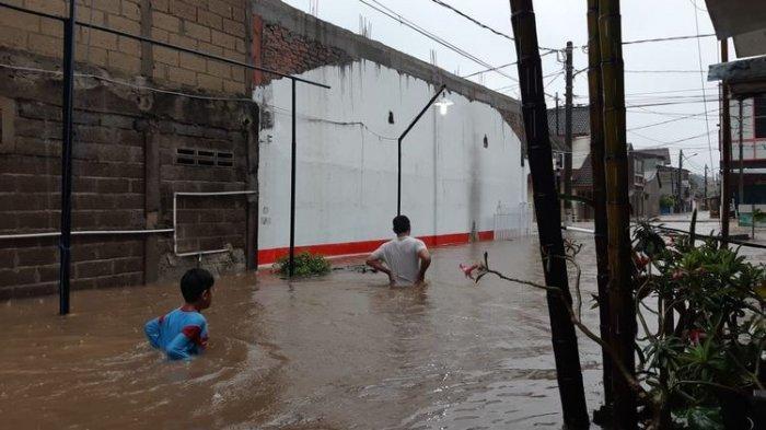 Banjir datang Setelah Hujan 15 Menit, Warga Sindir Pemerintah 'Jangan Tutup Mata', Ini Lokasinya