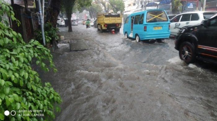 Banjir Landa Sario-Manado Jumat (16/07/21), Cuaca Buruk Hujan Deras Disertai Angin Cukup Kencang