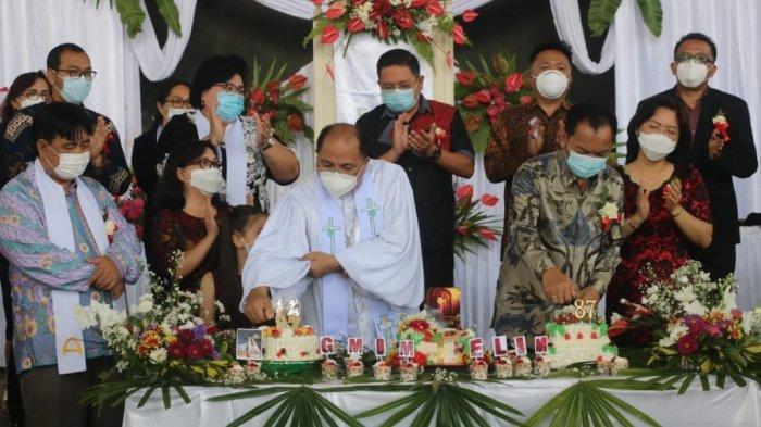 Begini Pesan Wali Kota Tomohon Caroll Senduk saat Hadiri Ibadah HUT ke 87 GMIM Elim Kolongan