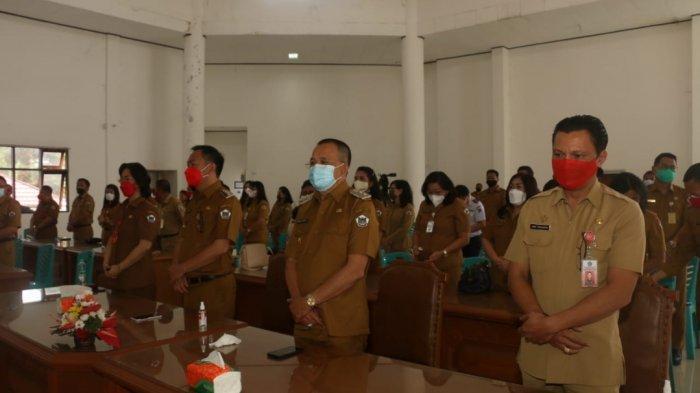 Mengawali Kerja perdana Wali Kota Tomohon Caroll Senduk dan Wakil Wali Kota Tomohon Wenny Lumentut melaksanakan Ibadah bersama, Senin (1/3/2021).