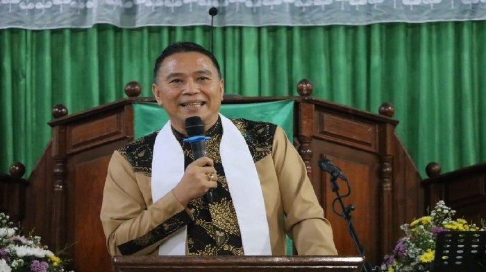 Ibadah Syukur HUT ke-71 GMIM Maranatha Paslaten, Eman Minta Ini