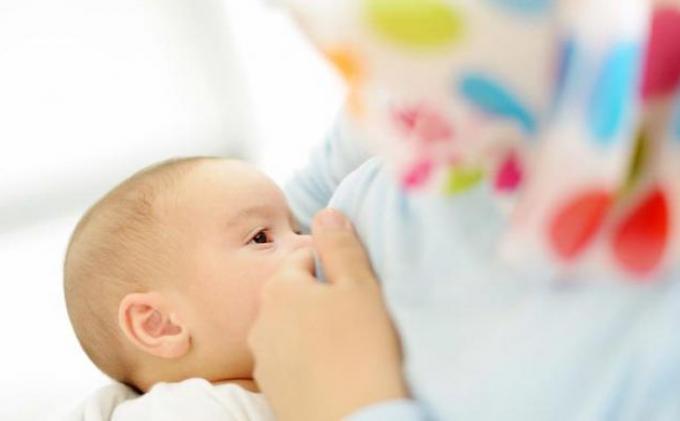 Tertidur Saat Menyusui, Ibu Ini Kaget Lihat Bayinya Tewas Bersimbah Darah