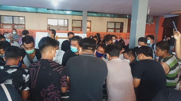 Ibunda Anggota DPRD Manado Maikel Maringka Terpukul dengan Kematian Putranya