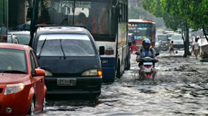 Banjir di Jakarta, LAPAN Ingatkan Hujan di DKI sampai 20 Februari, Ini Sejumlah Titik yang Tergenang