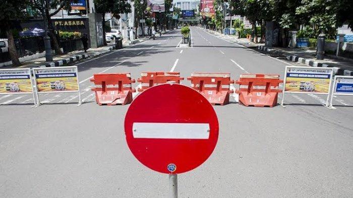 Ilustrasi: Blokade jalan karena PPKM.