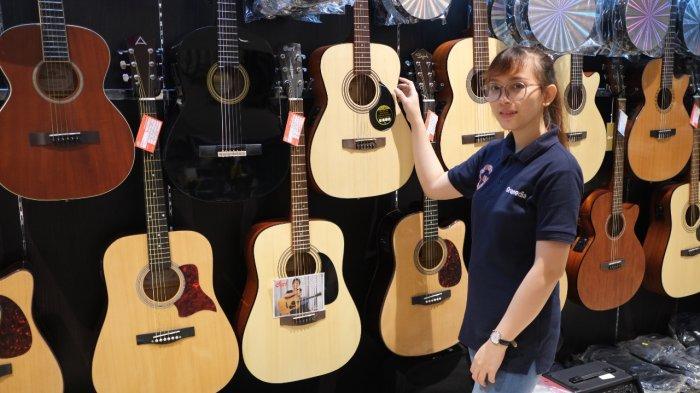 Chord Gitar dan Lirik Lagu Cintailah Aku Sepenuh Hati - Ari Lasso, Kunci Gitar Mudah Dimainkan