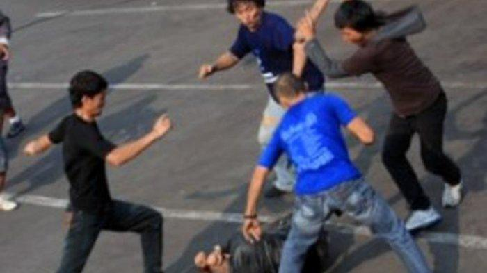 Oknum Anggota TNI Dikeroyok 10 Preman, Dihantam Pakai Balok, Awal Permasalahan Terungkap, Ternyata
