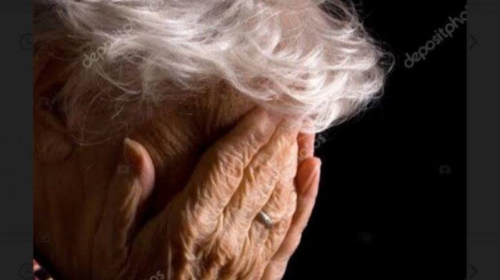 Seorang Nenek Hilang Ingatan setelah Divaksin