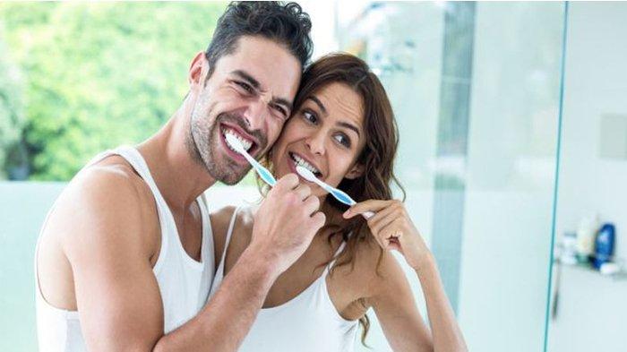 Perokok Harus Lebih Sering Sikat Gigi dan Berkumur?