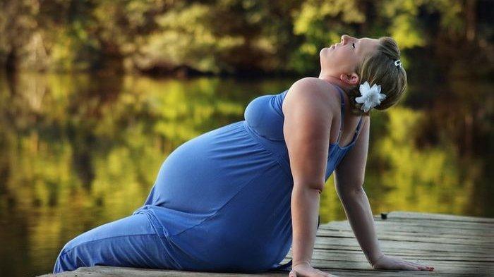 Bayi Berisiko Alami Obesitas Saat Dilahirkan Jika Sang Ibu Sering Make Up saat Hamil, Benarkah?