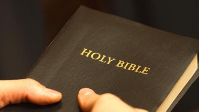 BACAAN ALKITAB Matius 4:21 - Menjadi Keluarga Pelayan