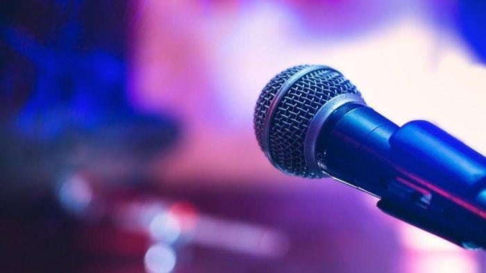 Hotline Public Service:  Tempat Karaoke di Desa Popudu Mengganggu