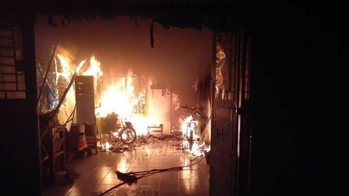 Kebakaran Tadi Pagi Pukul 04.00, Satu Keluarga Tewas Mengenaskan, Toko Milik Korban Ludes Terbakar