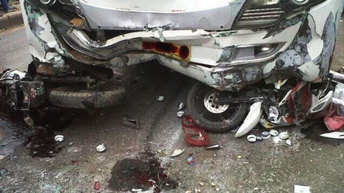 Kecelakaan Maut, Pengendara Suzuki FU Tewas di Tempat, Korban Hilang Kendali & Terlindas Mobil Boks
