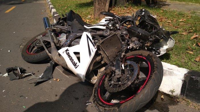 Kecelakaan Maut Pukul 23.30, Seorang Mahasiswa Tewas, Korban Naik Ninja Tabrak Pagar Rumah Warga