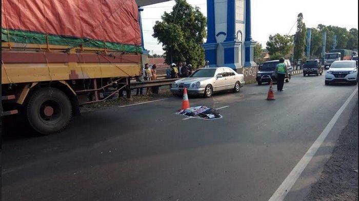 Kecelakaan Maut Tadi Siang, Pemotor Tewas Seketika Terlindas, Bus Hendak Menyalip Malah Membentur