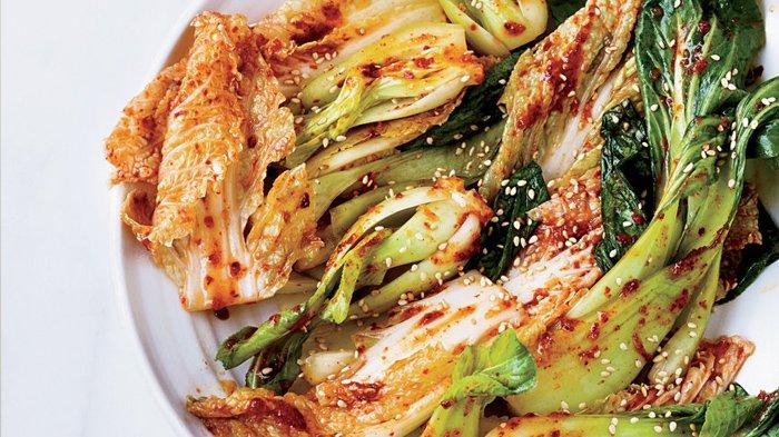 Manfaat Tak Terduga Kimchi, Makanan Para Idol Korea yang Kaya Akan Probiotik
