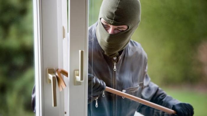 Ilustrasi Pencurian Rumah.