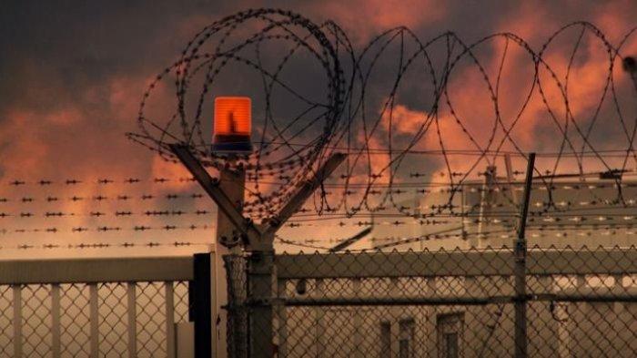 Jebol Plafon Kamar Mandi, 8 Tahanan Narkoba Kabur, 4 Masih Buron, Kapolres Sergei Diperiksa Propam