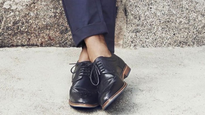 Jangan Biasakan Pakai Sepatu tanpa Kaus Kaki