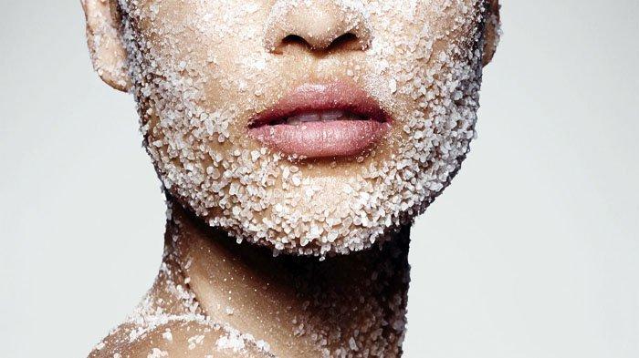 Manfaat Air Garam Untuk Mengompres Jerawat Di Wajah
