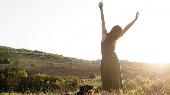 11 Manfaat Sinar Matahari Pagi, dari Cegah Kanker hingga Awet Muda